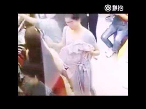 Aksi Pencuri Cantik Tertangkap CCTV