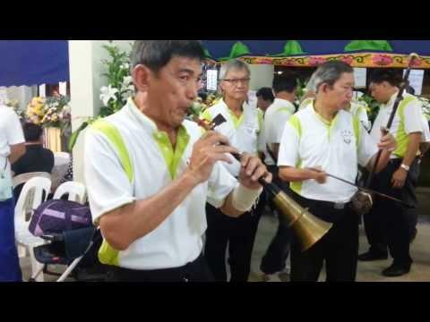 Hwa Siah night music (ai yue) at Bedok North Ave 1, blk 522 on 22nd Nov 2013