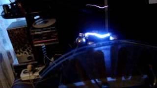 электрофорная машина(Электрофорка. Машина фимпхуста., 2009-12-23T19:57:11.000Z)