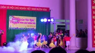 Quang Dũng múa Hội làng 2019