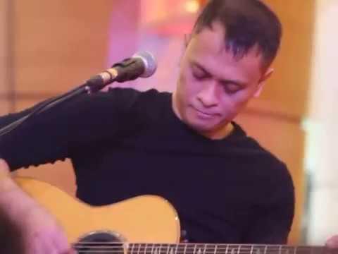 andra-the-backbone-sempurna-live-acoustic