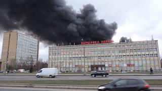 Смотреть видео Пожар Москва Варшавское шоссе  13 декабря 2019г онлайн