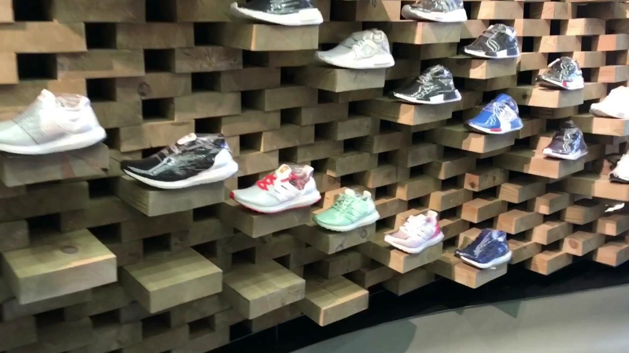 Sneaker/Trainer shop in London