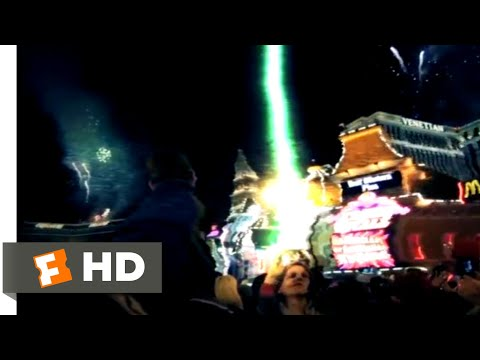 The 5th Kind (2017) - Aliens Attack Los Vegas Scene (10/10) | Movieclips