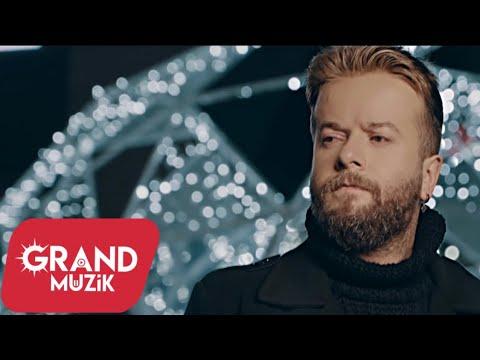 Cüneyt Yalmaz - Git (Official Video) indir