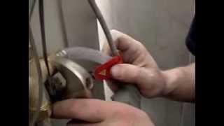 видео Сантехнические работы своими руками. Уроки домашнего мастера