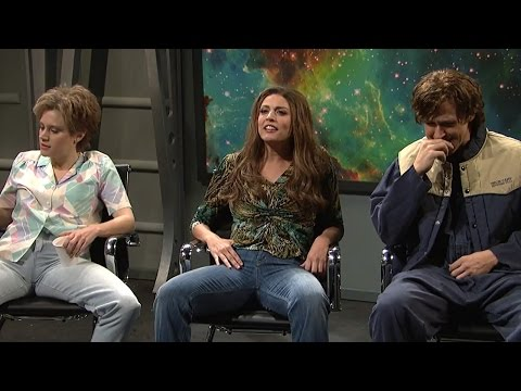 Thumbnail: Ryan Gosling Can't Control Laughter During SNL Alien Abduction Skit
