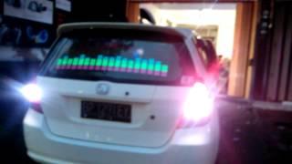 lampu equalizer musik mobil