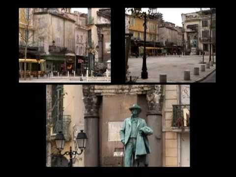 Arles, Provence in three screens