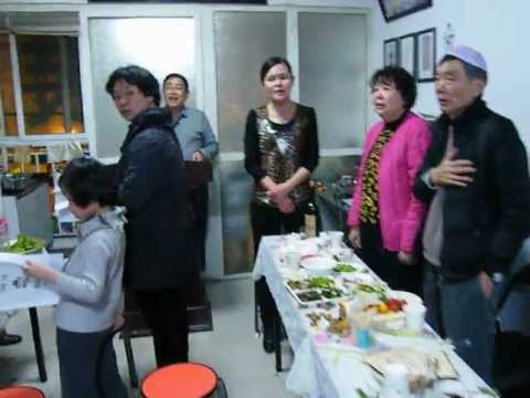 The Jews of Kaifeng(China) sing HaTikvah