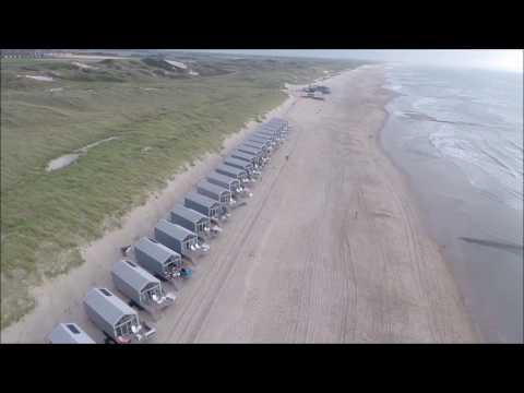 Strandhuisjes Julianadorp aan Zee vanuit de lucht!