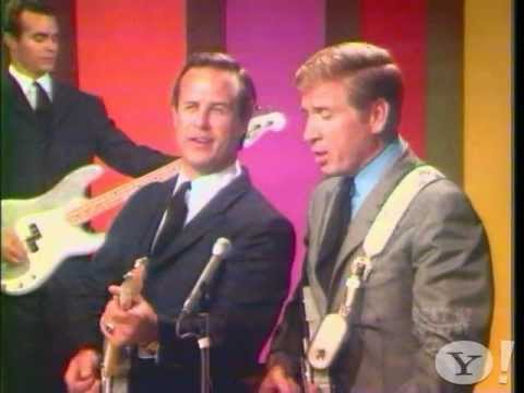 Buck Owens & the Buckaroos – Your Tender Loving Care (Live)