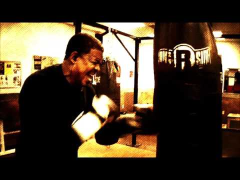 Pure Boxing Lessons by Pro Boxer Sean Rickards TAMPA BAY BOXING IN ACTION...
