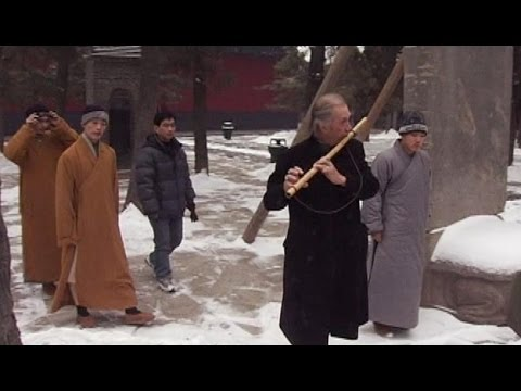 David Carradine Visits a Shaolin Temple in China (2005)