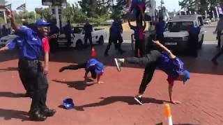 Flash Mob at Petrol Station in South Africa