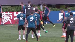 De Gea Recupera la Sonrisa en el Entrenamiento de la Selección Española