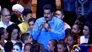 Maduro en el primer aniversario del Movimiento de Teatro César Rengifo