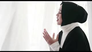 "Gambar cover Nisya Syaban lirik lagu ""Allahuma Labbaik"""