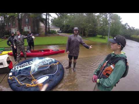 LIVES SAVED! Hurricane Harvey Flooding Kingwood Texas Helping Out Stranded Flood Victims