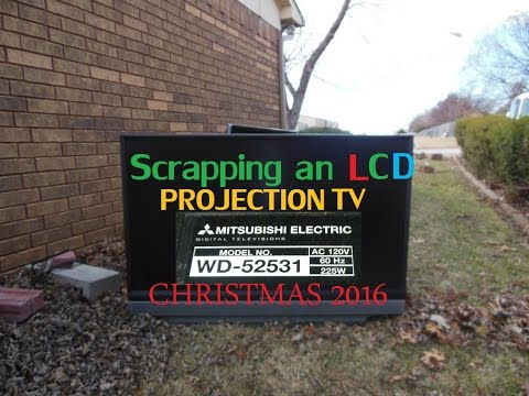 E-Waste Scrapping: A LCD Projection TV! (Christmas Special!)