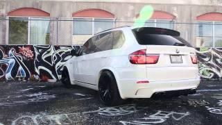 BMW X5M on 22' Velos Solo V Forged Wheels