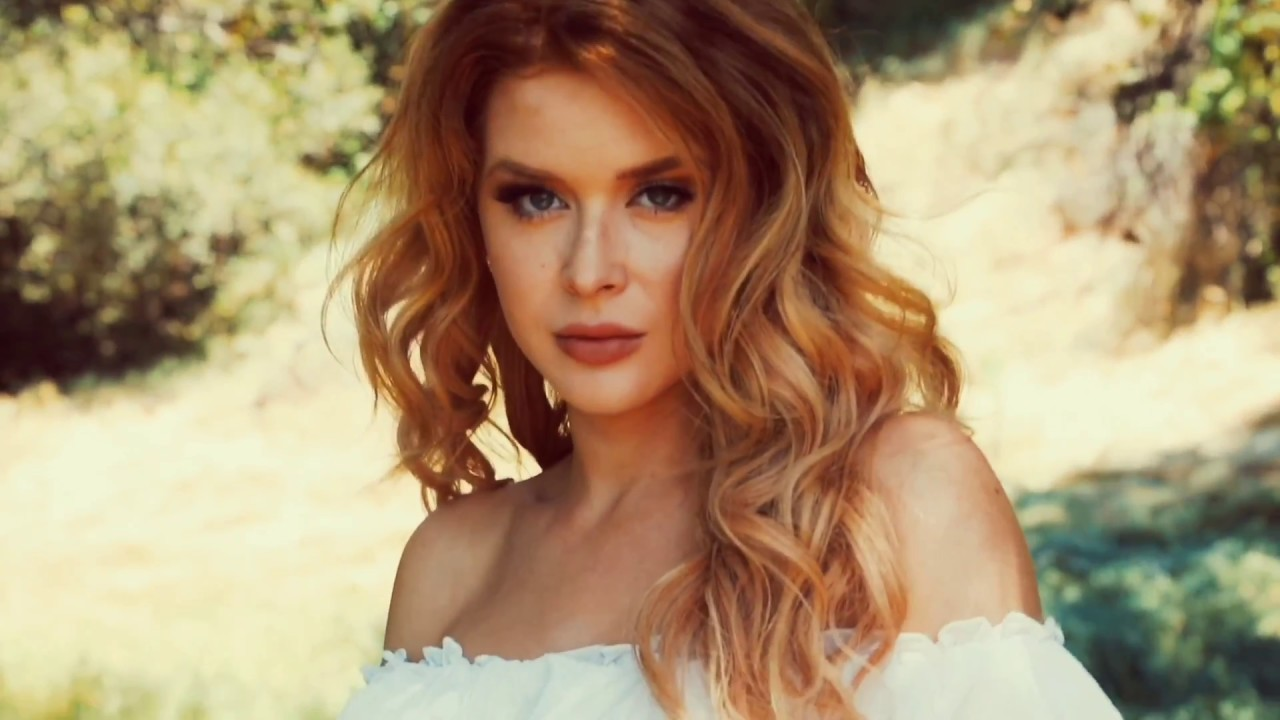 Renee Olstead unfriended