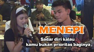 Download Mp3 Menepi - Guyon Waton Lirik Live Akustik