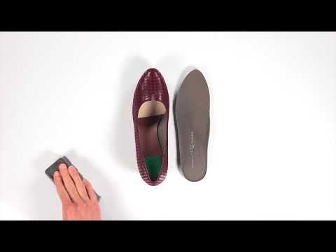Video for Piera Block Heel Pump this will open in a new window
