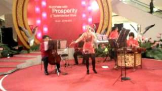 CNY 2010: Orchestra & Solo Singing - Tian Mi Mi