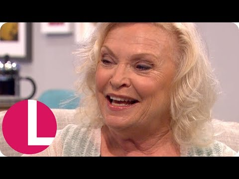 Lucille Ball Actress Sandra Dickinson Is Loving Playing the 50's Icon | Lorraine
