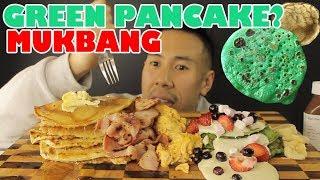 [MUKBANG] GREEN PANCAKE??? MASSIVE PANCAKE FEAST SWEET AND SAVOURY(BACON+WHITE CHOCOLATE-HUGE BITES!