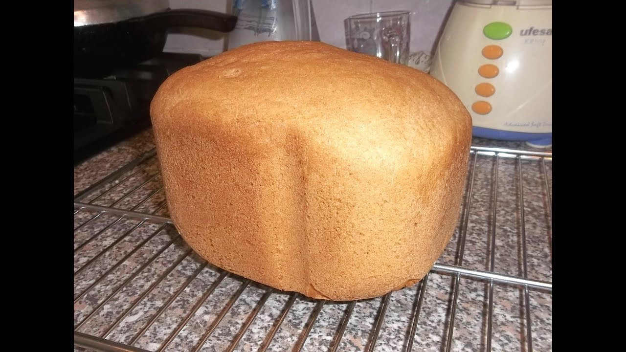 Panasonic SD-257 WXC breadmaker review - YouTube