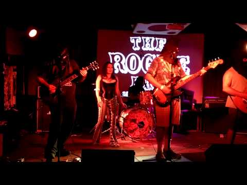 THE MENTORS 9.10.15 @ The Rogue Bar, Scottsdale