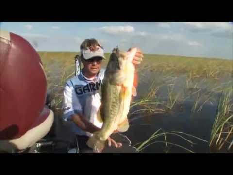 Scott Martin catches a Huge 10 pound bass - How to Series - Fish Top water lures on Lake Okeechobee