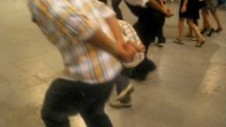 bailando zapateado estilo michoacan