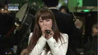 Suzy(Miss A)Eun Jung(T-ara)Taec Yeon(2pm)Uhm Ki Joon - Feliz Navidad