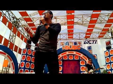 Bagindas - Meriang | Live Perdana I MUSIC RCTI