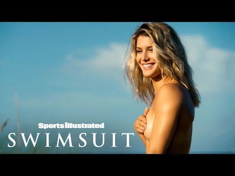 Genie Bouchard Goes Topless, Fools Around In Turks & Caicos…