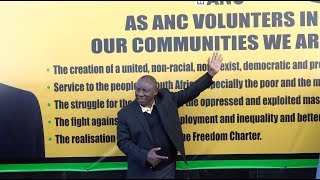 SA President Cyril Ramaphosa signed a pledge outside Luthuli House, honouring the legacy of both Nelson Mandela and Albertina Sisulu, who would have celebrated their 100th birthdays this year.   Pointing out a spelling error on the banner, Ramaphosa said that all the ANC 'volunters' will work tirelessly at branch level to serve and improve the lives of people in their communities.   Contributor: Louise McAuliffe/EWN