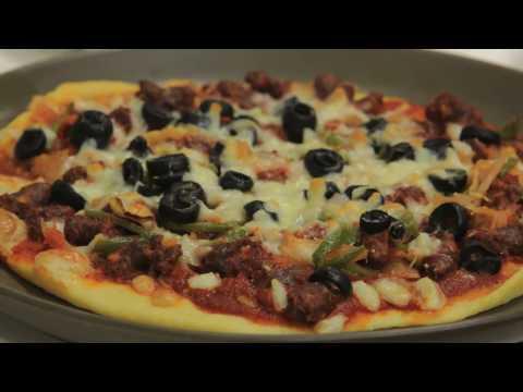 صورة  طريقة عمل البيتزا بيتزا بالسجق | نجلاء الشرشابي طريقة عمل البيتزا بالفراخ من يوتيوب