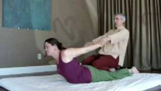 Repeat youtube video Traditional Thai Massage Techniques