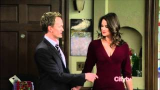 How I Met Your Mother - Back Boobs