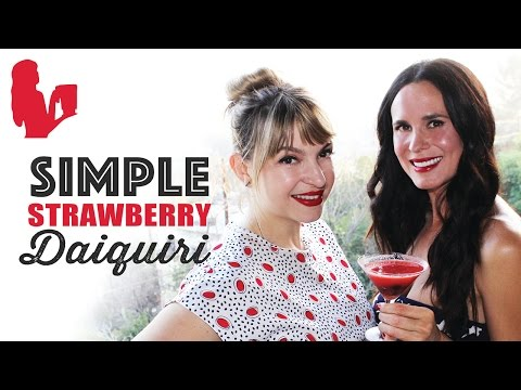 Simple Frozen Strawberry Daiquiri with Bit By a Fox   Blender Babes