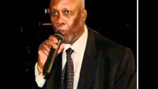 Raymond Laurent au micro de Jean Venel Caséus Radio Caraïbes FM