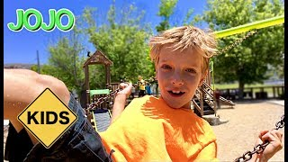 Learn English Words! Playground with Sign Post Kids! Roller Slide!