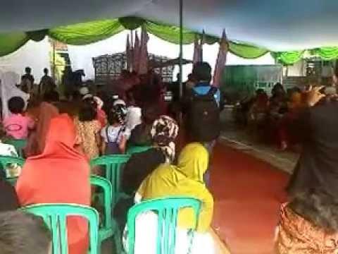 Adat Sunda - Upacara Adat Paturay Tineung SMA Al-Atiqiyah tahun 2014