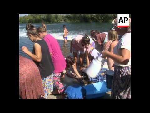 Croatia - Latest On Muslim Refugee Drama