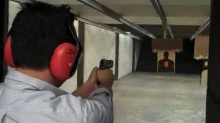 celvyn shoots the h 40 usp