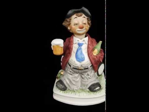 WACO CLOWN HAND PAINTED PORCELAIN FIGURINES ANIMATION &  MUSIC