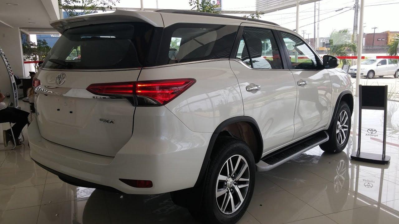 2018 Discovery Sport Interior >> Nova Toyota SW4 2.8 SRX Diesel 2016 - YouTube